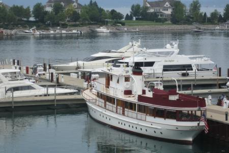 Canim, Bay Harbor, MI